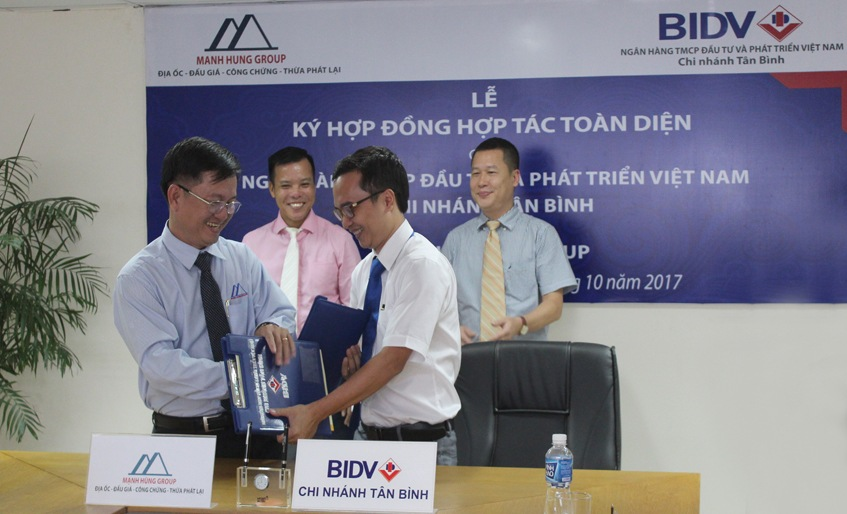 Lễ ký hợp đồng giữa BIDV Chi nhánh Tân Bình và Văn phòng Công chứng Đỗ Trí Tín