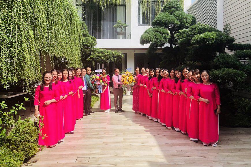 Manh Hung Group tổ chức gặp mặt 20/10